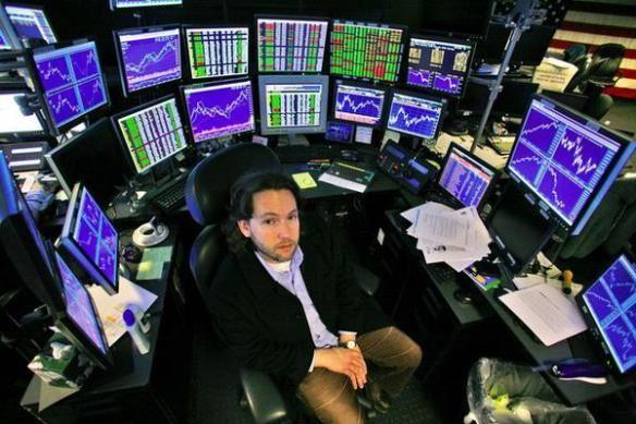 Profissional do analisis das tendências do mercado